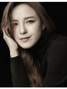 Jasmine Choi Headshot